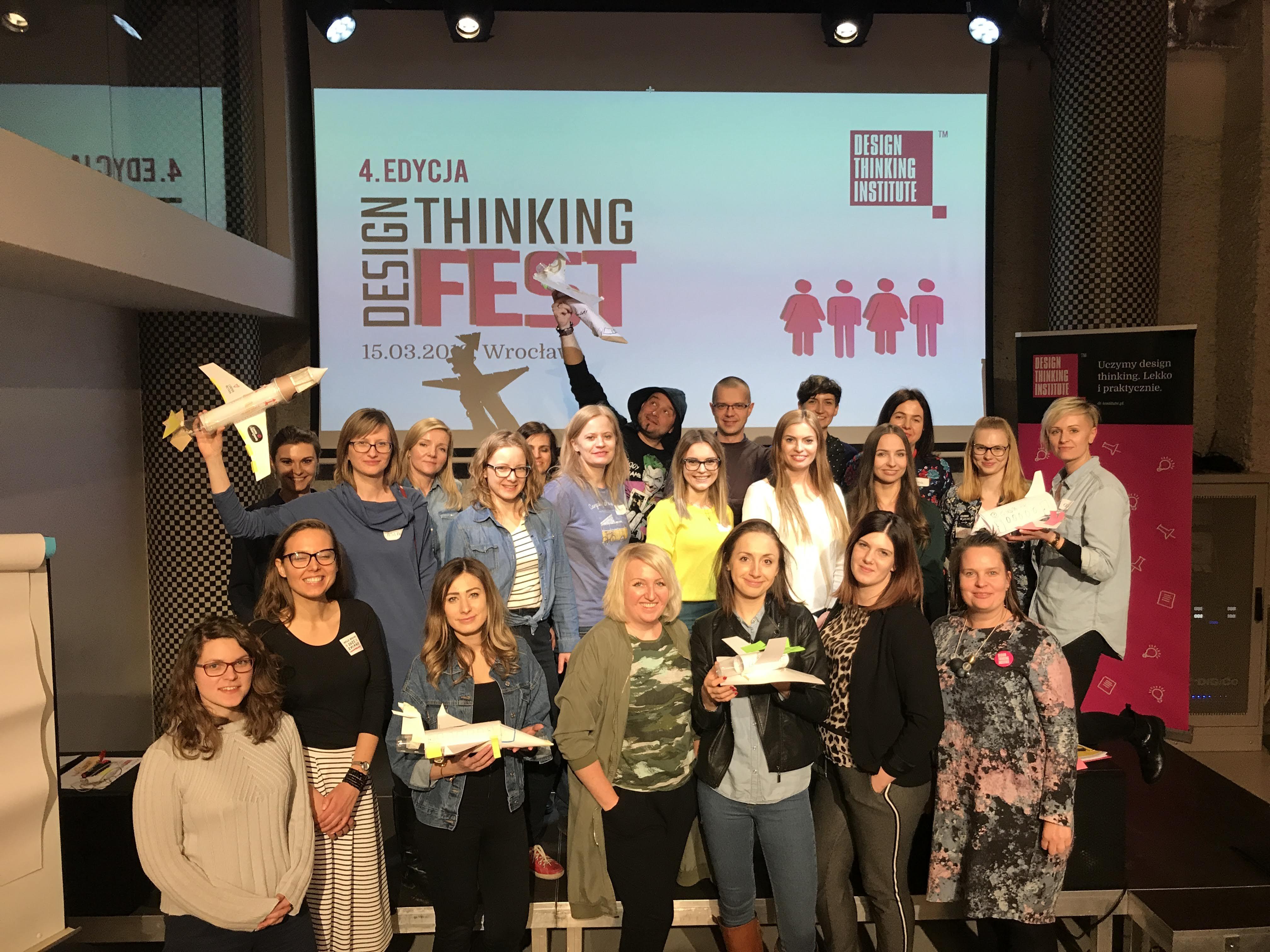 https://designthinkingfest.pl/wp-content/uploads/2019/03/IMG_6083.jpg